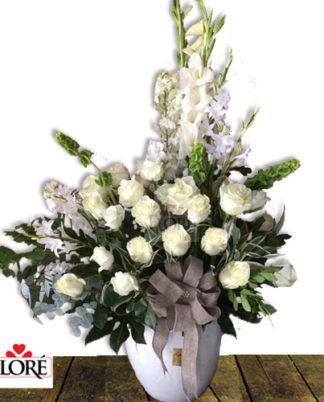 arreglo_con-flores_blancas
