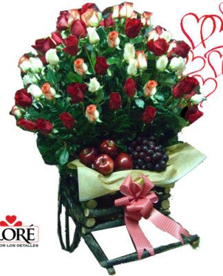 canasta-rosas-fruta