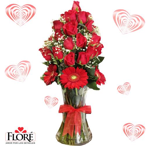 Jarrón de Rosas Puro Amor