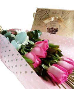 Rosas, Chocolates y Amor