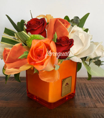 Para un delicioso corazón una deliciosa combinación de rosas
